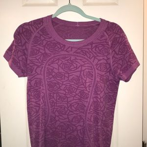 Lulu lemon swiftly tech short sleeve
